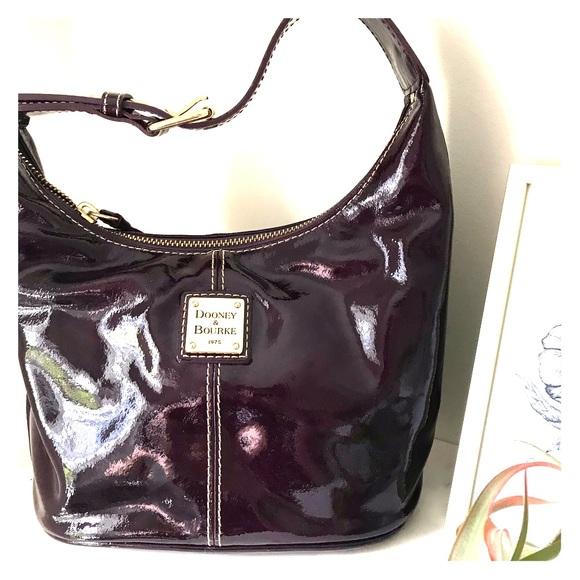 Dooney & Bourke Handbags - Dooney & Bourke Bucket Purse